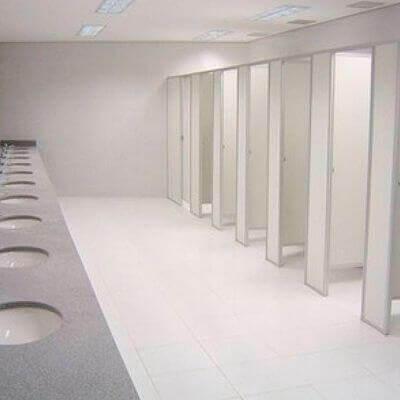 Divisória de PVC para banheiro em Taubaté